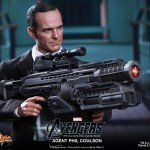 Hot Toys Agent Phil Coulson 11
