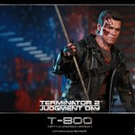 Hot Toys T800 (Battle Damageed) DX13 10