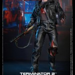 Hot Toys T800 (Battle Damageed) DX13 14