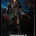 Hot Toys T800 (Battle Damageed) DX13 17