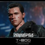 Hot Toys T800 (Battle Damageed) DX13 23