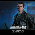 Hot Toys T800 (Battle Damageed) DX13 3
