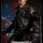 Hot Toys T800 (Battle Damageed) DX13 6