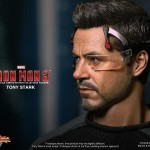 Hot Toys Iron Man 3 - Tony Stark 11