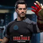 Hot Toys Iron Man 3 - Tony Stark 13