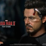 Hot Toys Iron Man 3 - Tony Stark 16