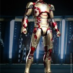 Hot Toys Iron Man Mark XLII 4
