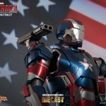 Iron Man 3- 1:6th scale Iron Patriot 1